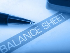 Hedging the balance sheet